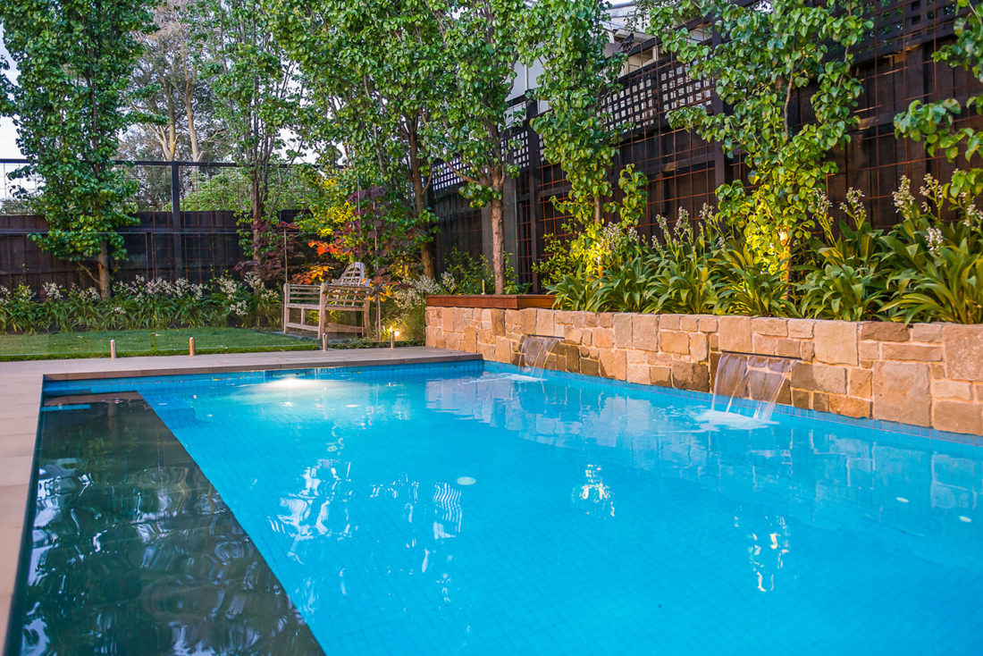 Family Pool with water feature