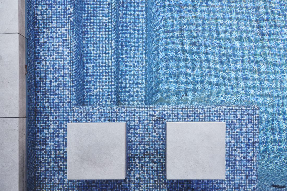 5 tips to help you choose your pool colour - Neptune Pools